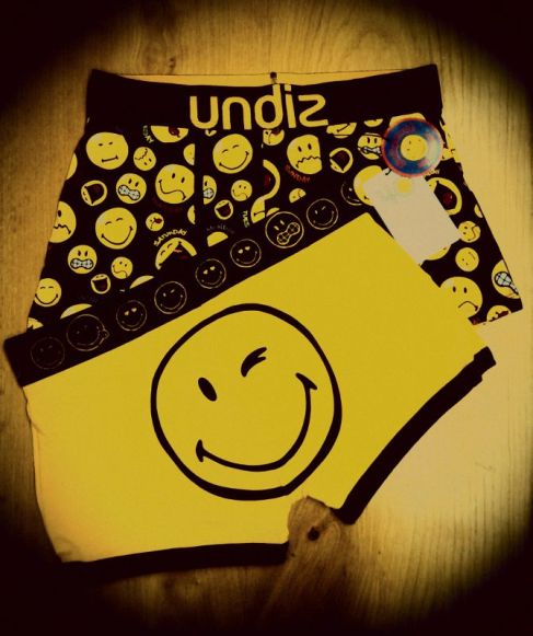 Smileyworld underwear style with Undiz