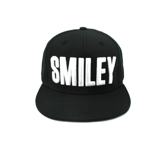 smiley-black-cap