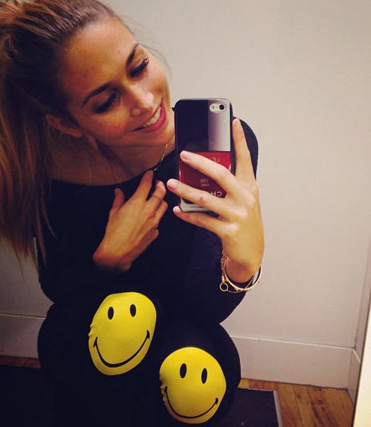 Ann-Kathrin-Broemmel-wearing-smiley-by-H&M